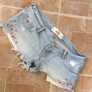 Hollister jean shorts size juniors 5